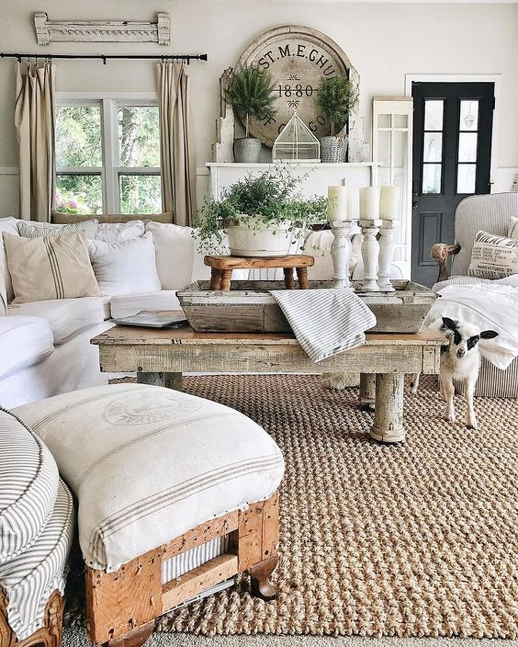 Chic Elegance Of Neutral Colors For The Living Room 10 Amazing Examples: Creative DIY Shabby Chic Decoration Ideas For Your Living