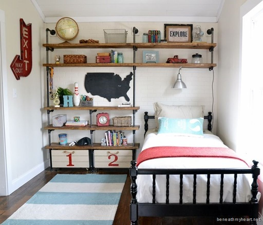Cute boys bedroom design ideas for small space 31 for Boys bedroom designs for small spaces