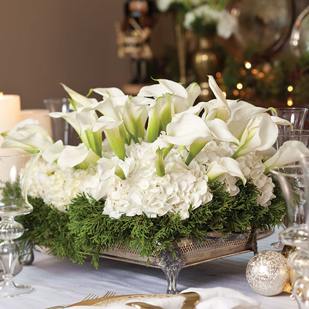37 Stunning Christmas Dining Room Décor Ideas: Easy And Simple Christmas Table Centerpieces Ideas For