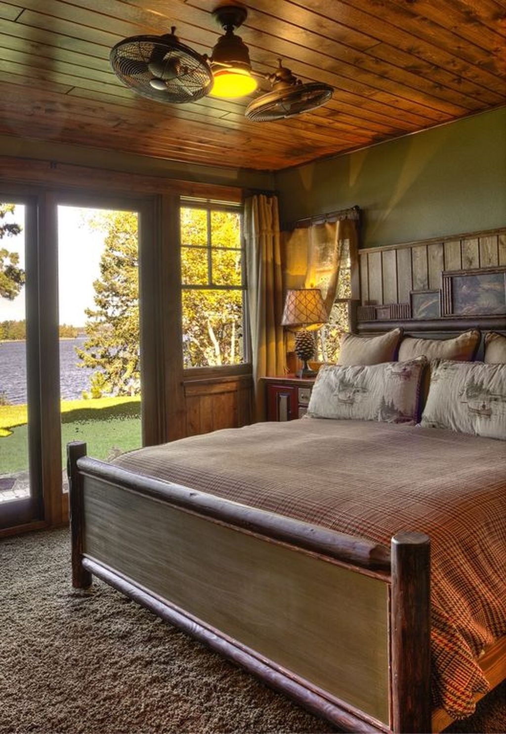 Gorgeous vintage master bedroom decoration ideas 57 for Vintage master bedroom decorating ideas