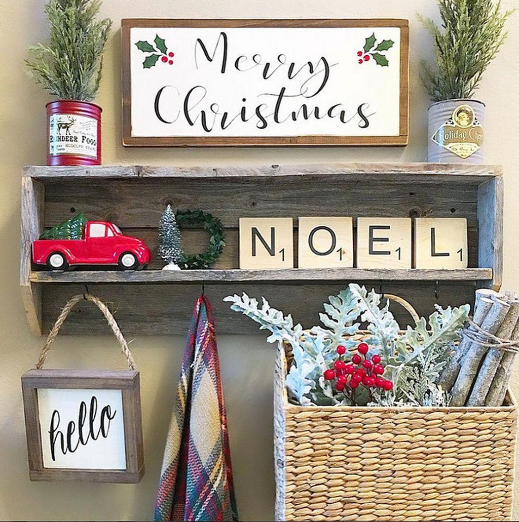 Farmhouse Kitchen Christmas Decor: 71 Incredible Rustic Farmhouse Christmas Decoration Ideas