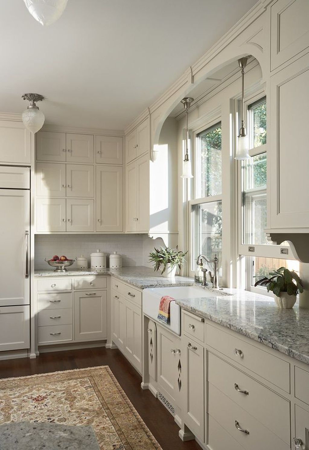 Inspiring traditional victorian kitchen remodel ideas 14 for Small victorian kitchen designs
