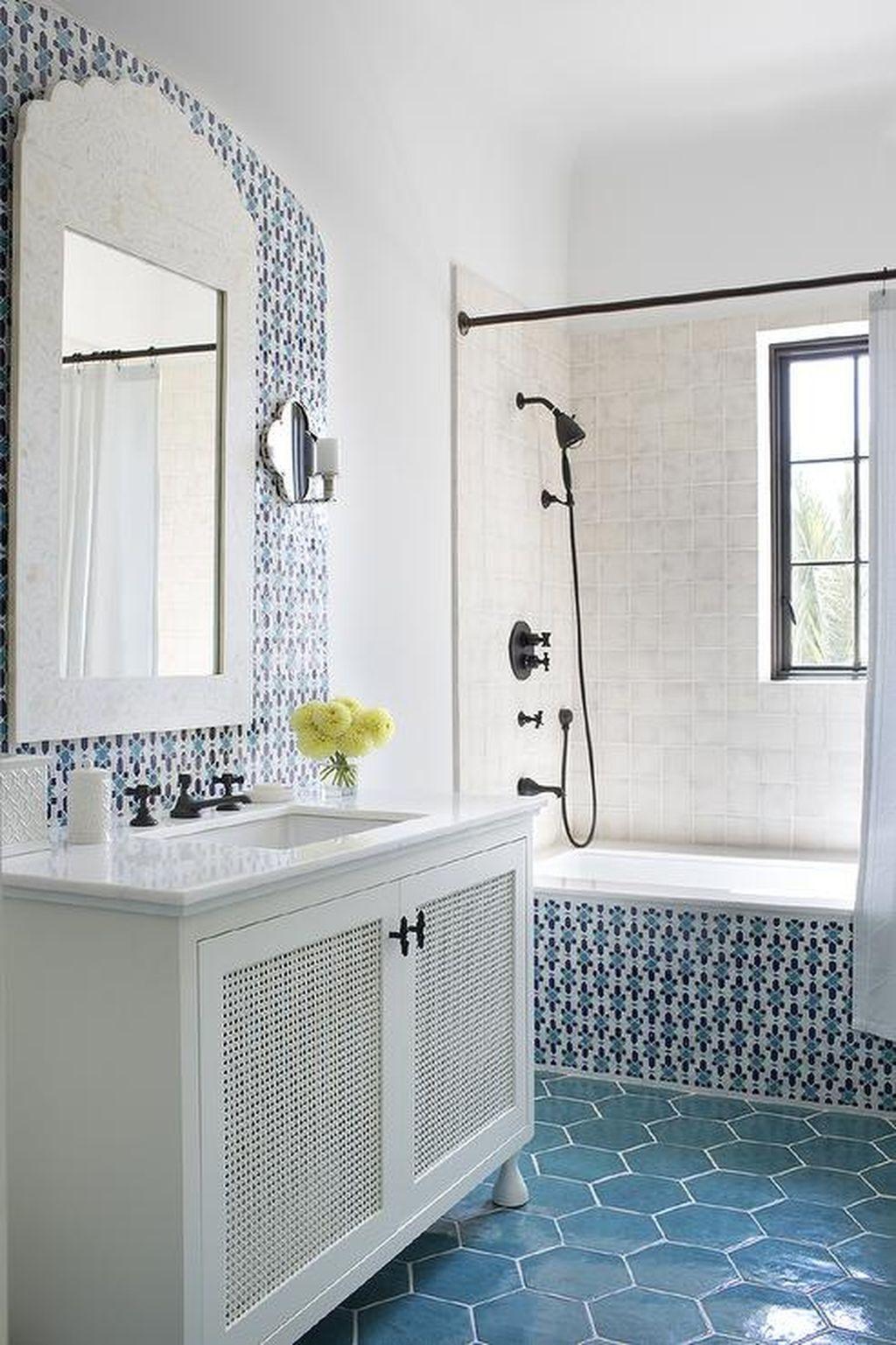 36 Cool Must Try Makeup Hacks: 36 Cool Blue Bathroom Design Ideas 36