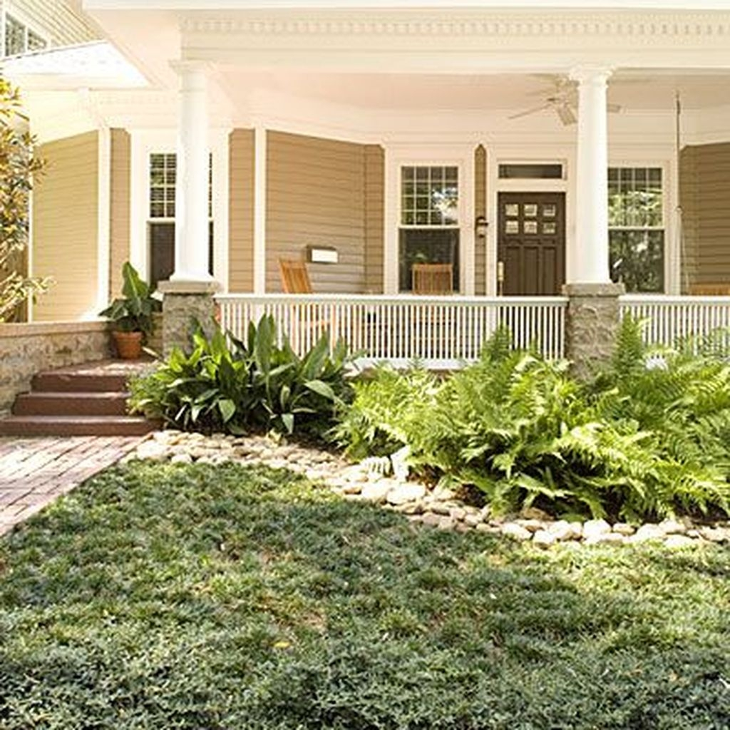 Totally beautiful front yard landscaping ideas on a budget for Landscaping on a budget