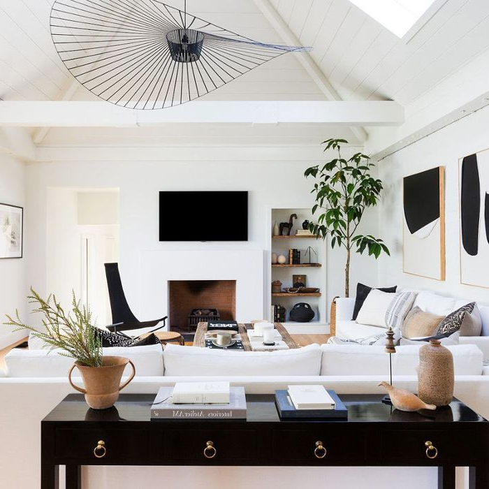 Our Editors Share 20 Interior Designers To Follow On
