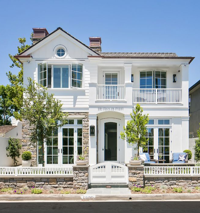The Exterior Paint Is Dunn Edwards White Dew380 With The